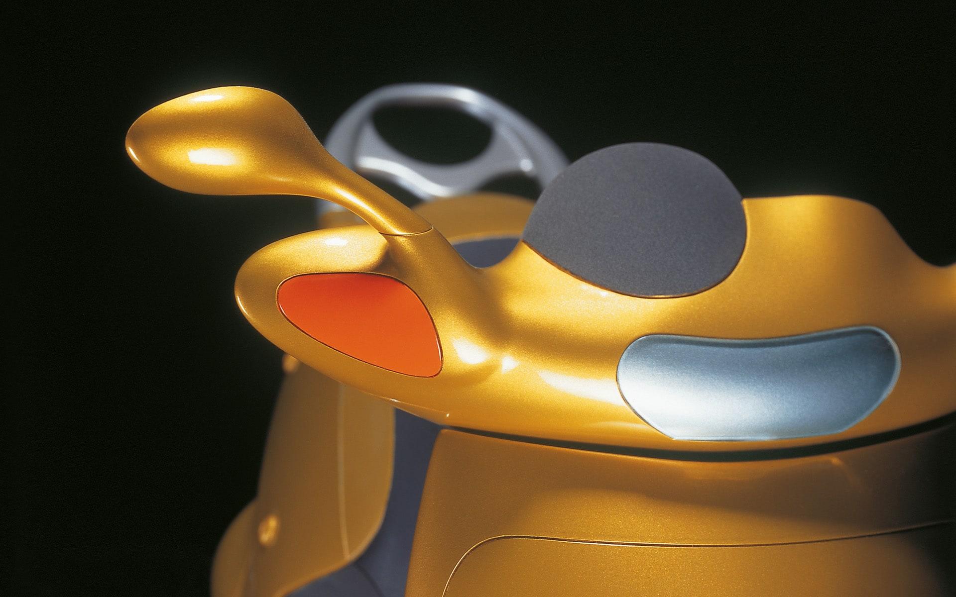 Goldfarbener ITO Design Motorroller für Hercules, 1993 entworfen