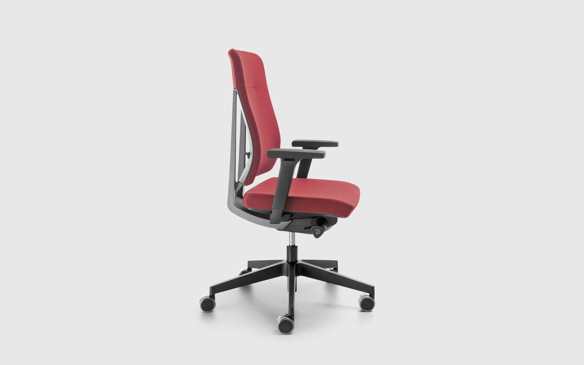 Profim Xenon office chair by ITO Design with red upholstery