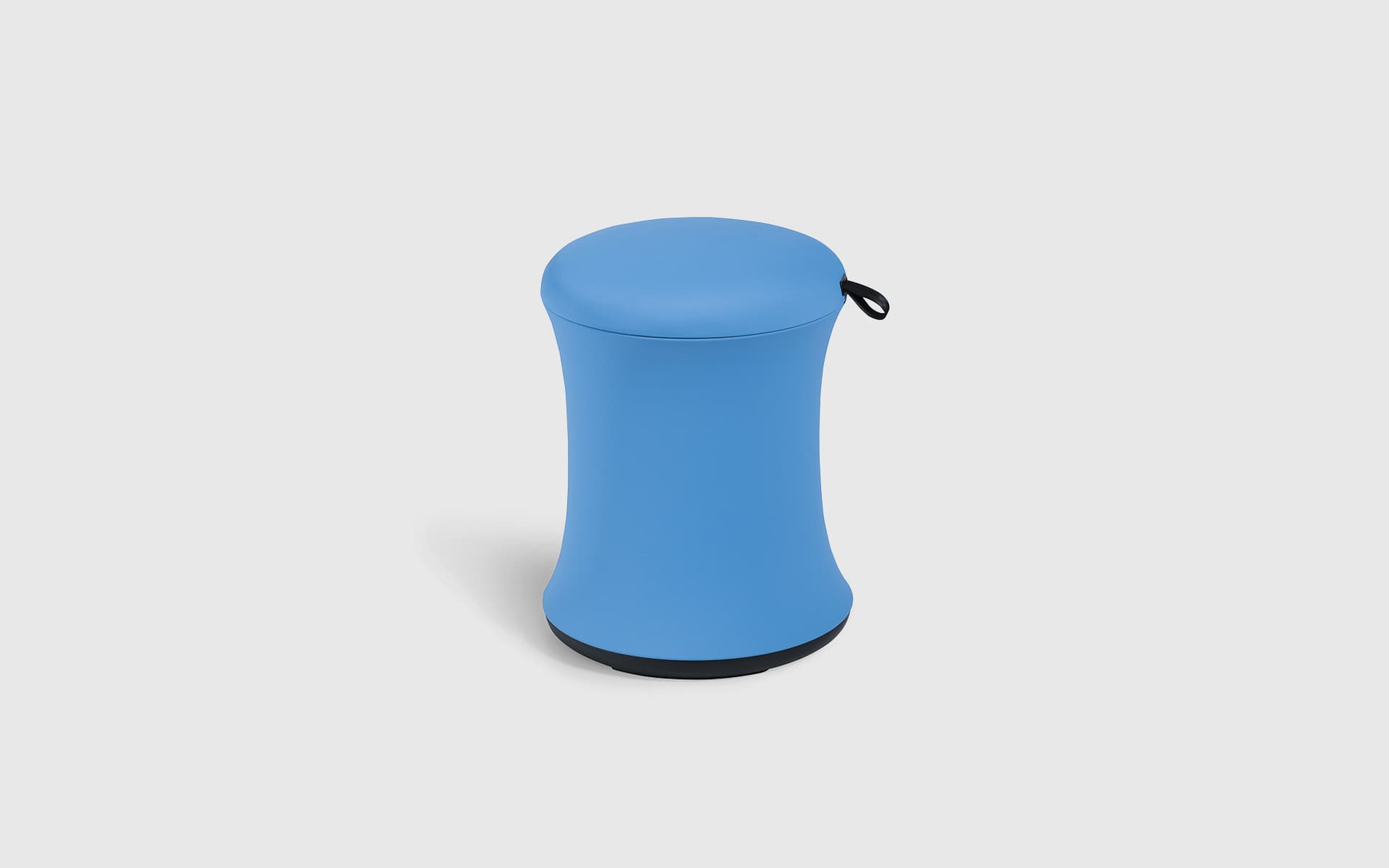 UE Furniture Uebobo Hocker von ITO Design in Blau