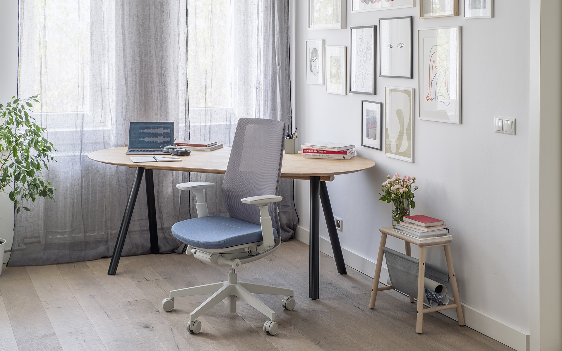 Grey-blue Profim Accis Pro office chair by ITO Design in comfy home office