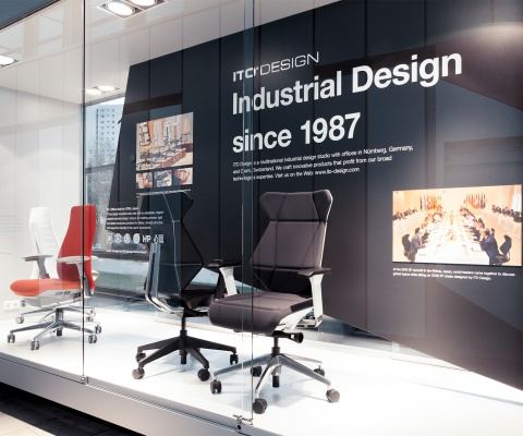 In A Display, Ito Design Shows Its Office Chairs Haworth Fern And Itoki Ff.